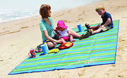 Camco Striped Mat