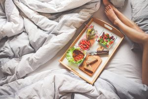 light dinner for a good night's sleep - featured image